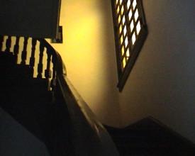 Til 2.etasje.